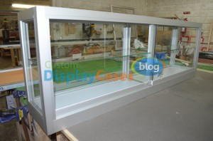 Counter-Top-Display-Showcase-135-email1-300x198